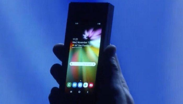 Samsung katlanabilir telefonun fiyatı ortaya çıktı!