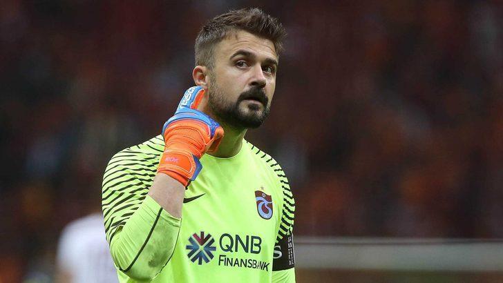 Süper Lig'in yıldızı futbolu bırakıyor