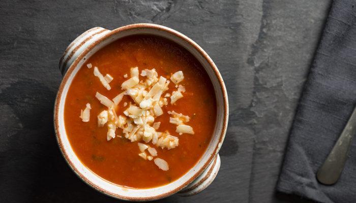 Domates çorbası tarifi: Sütlü, sütsüz tarifler (Videolu anlatım)