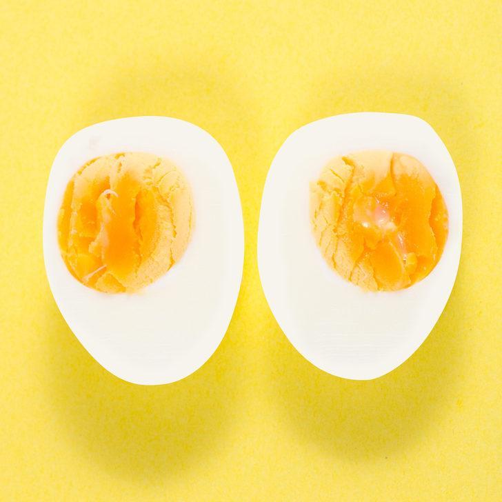 İki hafta boyunca her gün haşlanmış yumurta yedi bakın ne oldu!