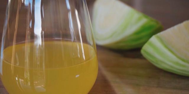 Kış aylarında tüketildiğinde göbek eritiyor: Lahana çayı
