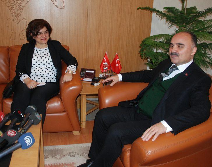 Sağlık Bakan Yardımcısı Meşe'den Kayseri Valisi'ne ziyaret