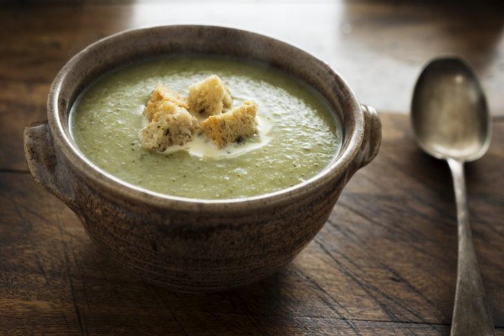 Brokoli çorbası tarifi: Lezzetli bir brokoli çorbası nasıl yapılır? (Kremalı, sütlü veya bebekler için)