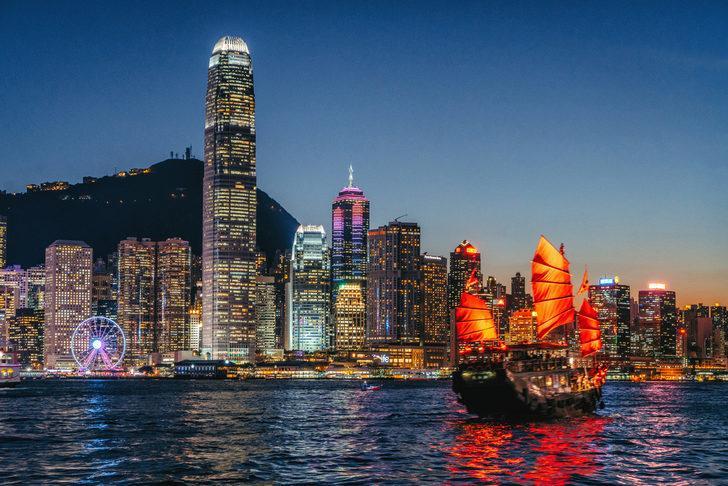 Protestolar Hong Kong ekonomisini vurdu