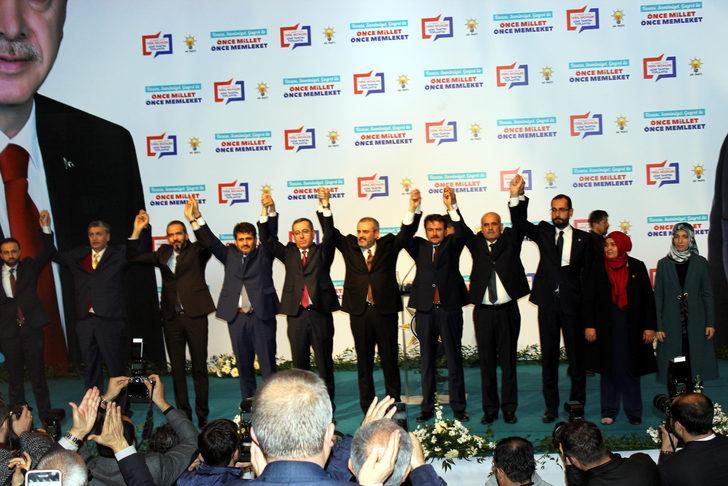 AK Partili Ünal: Anayasa fırlatıldığı için bir gecede fakirleşmedik mi 20