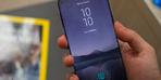 Galaxy S10+ ekranında çift delik olacak