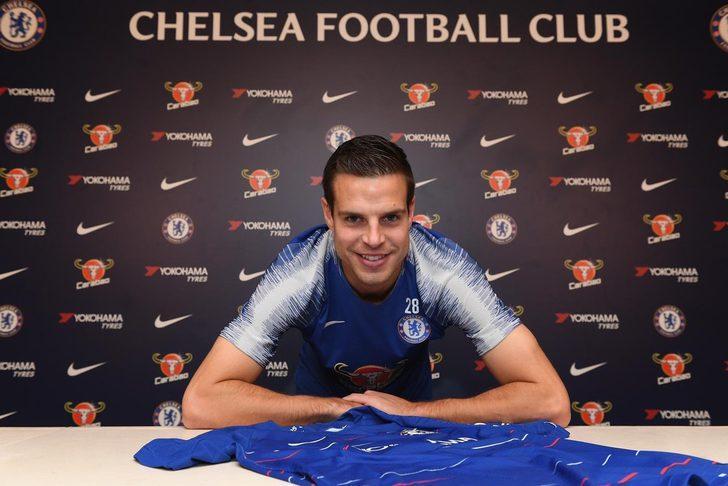 Chelsea Azpilicueta'nın sözleşmesini 2022'ye kadar uzattı