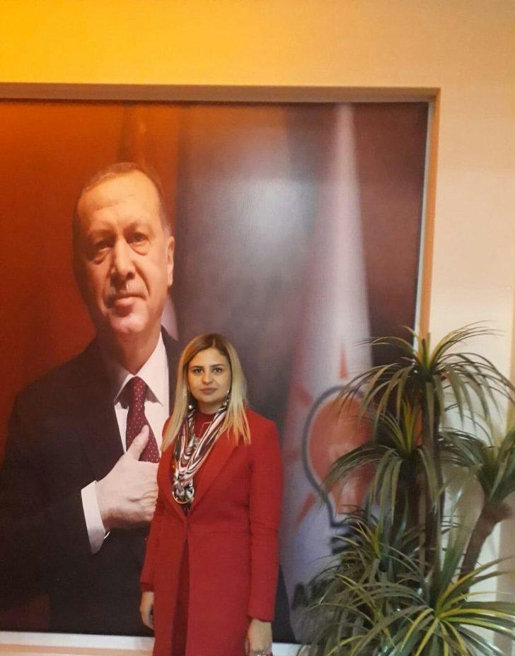 AK Parti Van Büyükşehir Belediye Başkan Aday Adayı Ateş'ten Dünya Kadın Hakları Günü mesajı