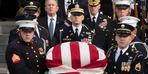 Baba Bush son yolculuğuna uğurlanıyor
