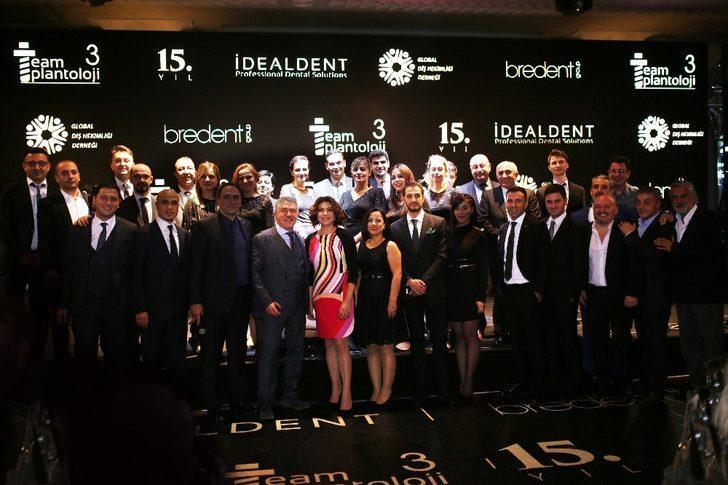 'Teamplantoloji III' sempozyumu İstanbul'da düzenledi