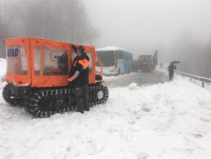 İstanbul'un yanı başı! Karda mahsur kaldılar