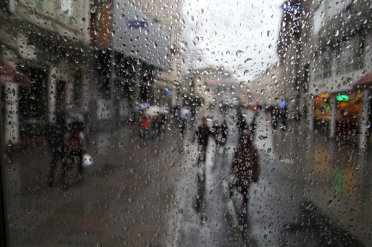 Art arda kuvvetli yağış, sel ve fırtına uyarısı! (Meteoroloji 7 Aralık Cuma hava durumu raporu)