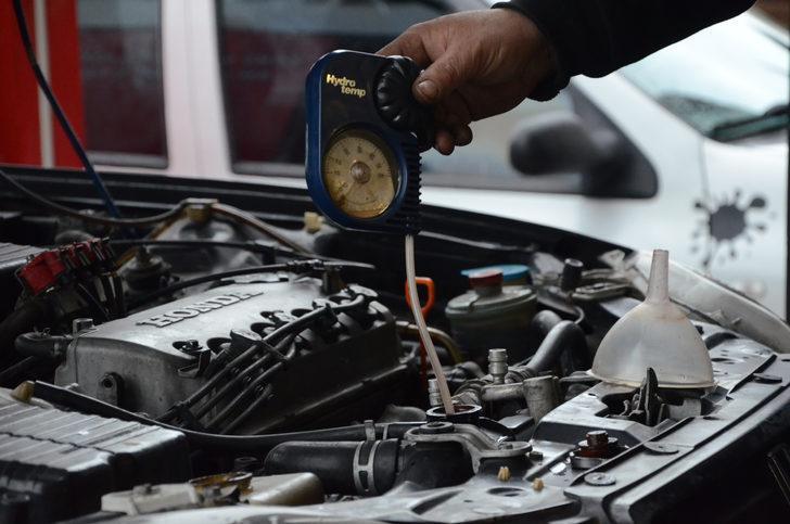 Otomobil sahipleri kışlık bakımlara dikkat! 10 bin lira zarar çıkabilir