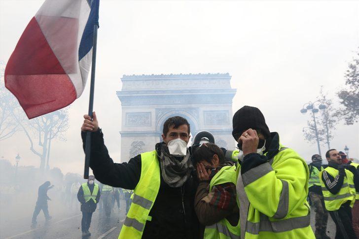 Fransa'da cumartesi alarmı! 'Sarı yelekliler' başkent sokaklarına yeniden çıkıyor
