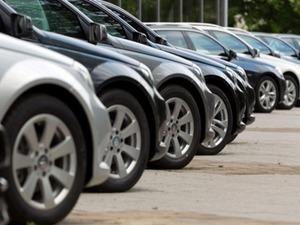Ekim ayında otomobil sektörüne uygulanan ÖTV indirimi satışlara olumlu yansıdı. Bununla beraber yılın son günlerinde daha çok araç satmak isteyen markalar yıl sonu kampanyalarını duyurdu.Markalar ÖTV indirimine ek olarak yüzde sıfır faiz gibi fırsatlar da sunuyor.