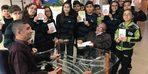 Çamlıca Kolejinde imza günü