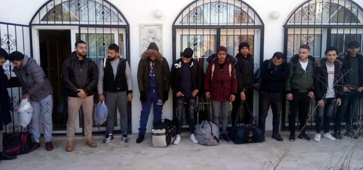 Didim'deki bir evde 23 kaçak göçmen yakalandı