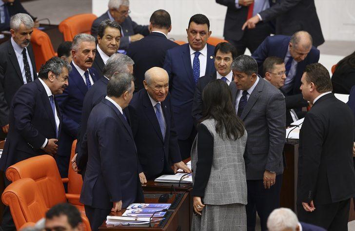Bahçeli için olay yorum: HDP oylarına şirin görünmeye çalışıyor
