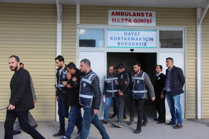 Gaziantep'te, kuyumcuyu soymaya çalışan 2 kişi yakalandı