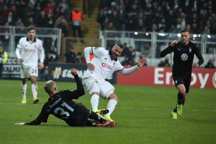 UEFA Ricardo Quaresma'ya 3 maç ceza verdi!