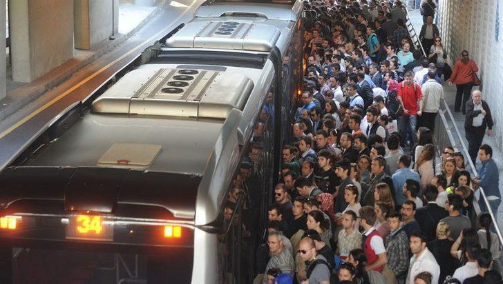 Metrobüs kullananlar dikkat! Uzman isimden korkutan uyarı