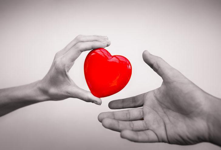 Aşk sözleri 2020: Sevgiliye, sevilene kısa veya uzun güzel aşk sözleri