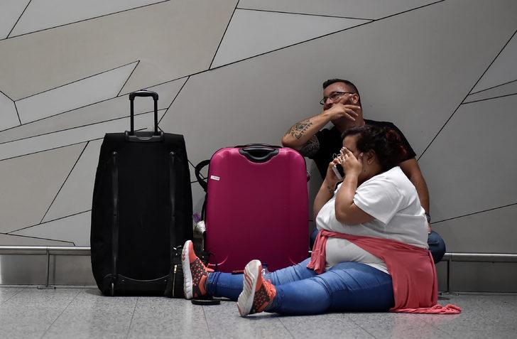 Havalimanında uçuşlar İHA'lar yüzünden durduruldu