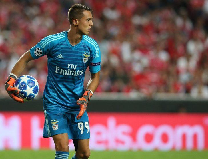 Odisseas Vlachodimos (Benfica)