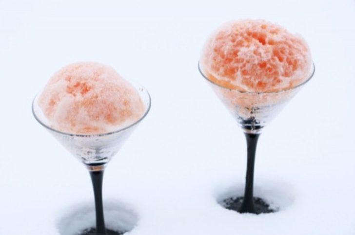 Kardan Meyveli Dondurma Yapımı