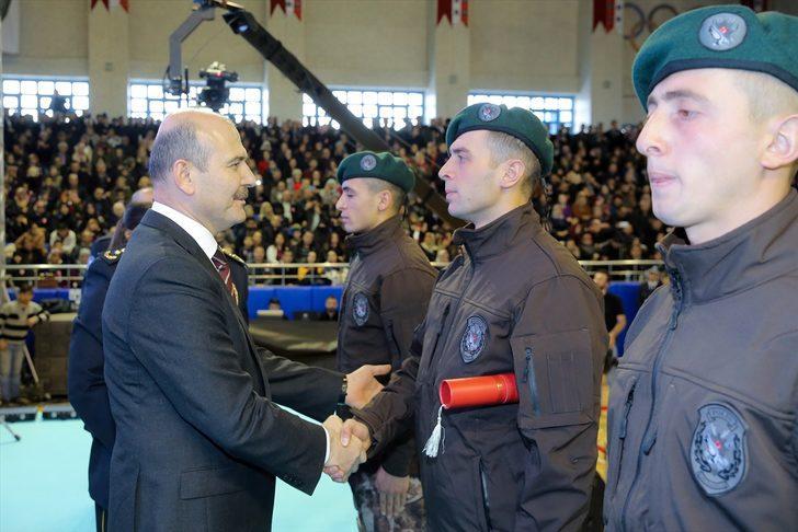 Süleyman Soylu'dan yeni mezun özel harekat polislerine: Silahın gücüne asla kapılmayın