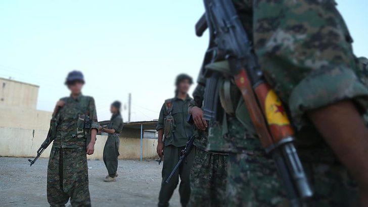 Reuters: YPG Menbiç'ten çekildi, Esad bayrak dikti