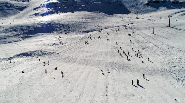 Saklıkent'in beyazından Akdeniz'in mavisine kış triatlonu