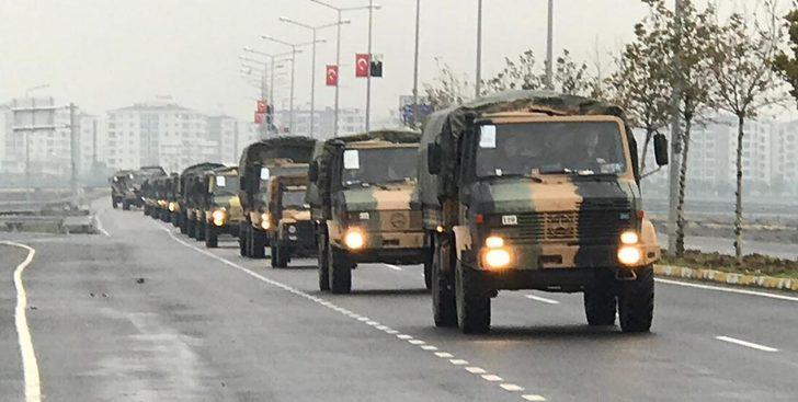 Diyarbakır'dan Suriye sınırına askeri sevkiyat