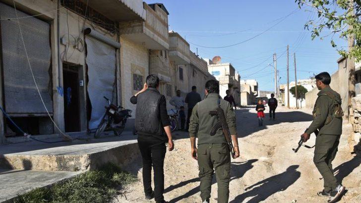 Suriye Savunma Bakanlığı: 'Kürt Savaşçılar Menbiç'ten Çekiliyor'