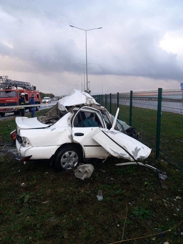 Otomobil köprü ayağına çarptı; karı- koca öldü, oğulları Yusuf ağır yaralı