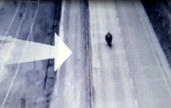 İHA takibiyle yakalanan motosiklette 4 kilo eroin ele geçirildi