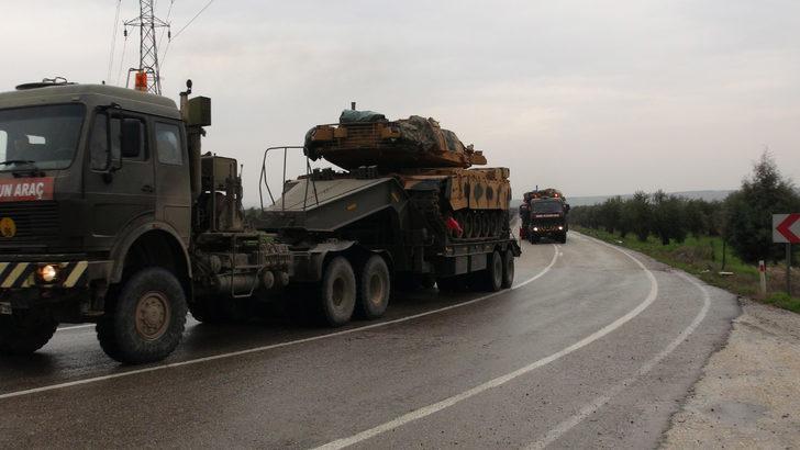 Kilis'ten sınır hattına askeri sevkiyat