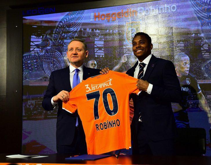 Robinho - Sivasspor > Başakşehir | BONSERVİS BEDELİ: 2 milyon Euro