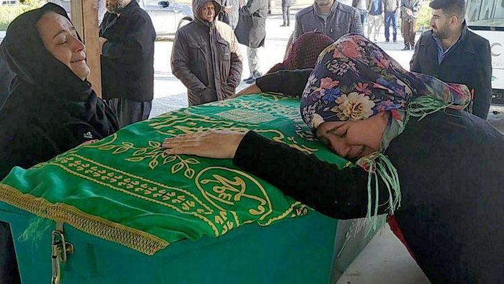 Türkiye 6 yaşındaki Mertcan'a ağlıyor! Cenazesinde gözyaşları sel oldu