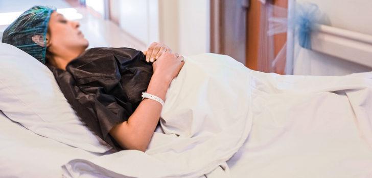 14 yıldır bitkisel hayatta olan kadın doğum yaptı