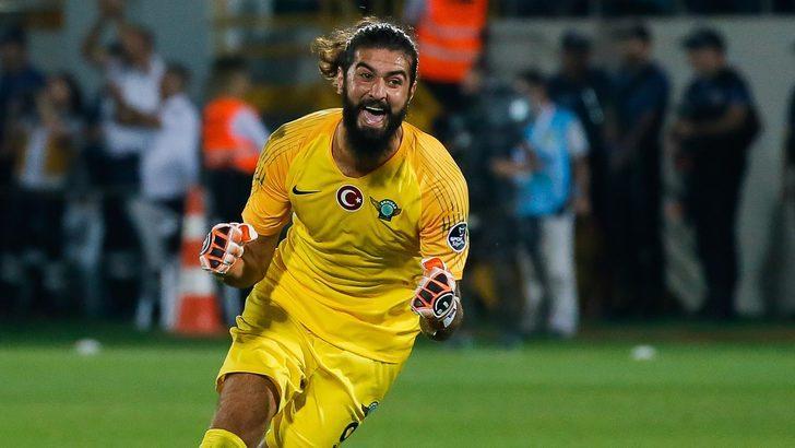 Fatih Öztürk kimdir? Kaç yaşında? Aslen nerelidir? Galatasaray'da ne kadar kazanacak?
