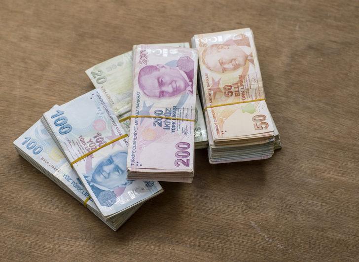 Rüyada kağıt para görmek neye işarettir? Kağıt para ile ilgili görülen rüyalar nasıl tabir edilir?