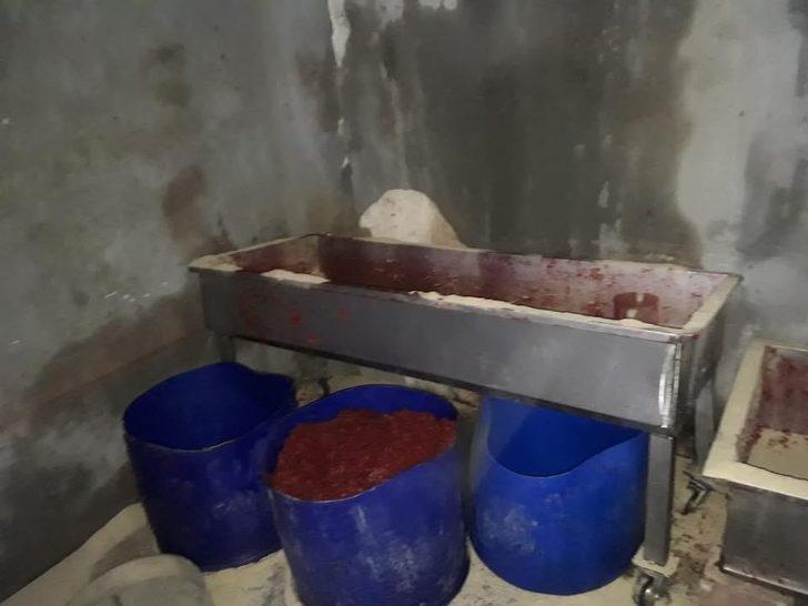 Nizip'te kaçak nargile tütünü ele geçirildi