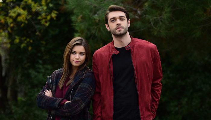 Afra Saraçoğlu ve Furkan Andıç, Kardeş Çocukları dizisinde hangi rolde oynuyor?