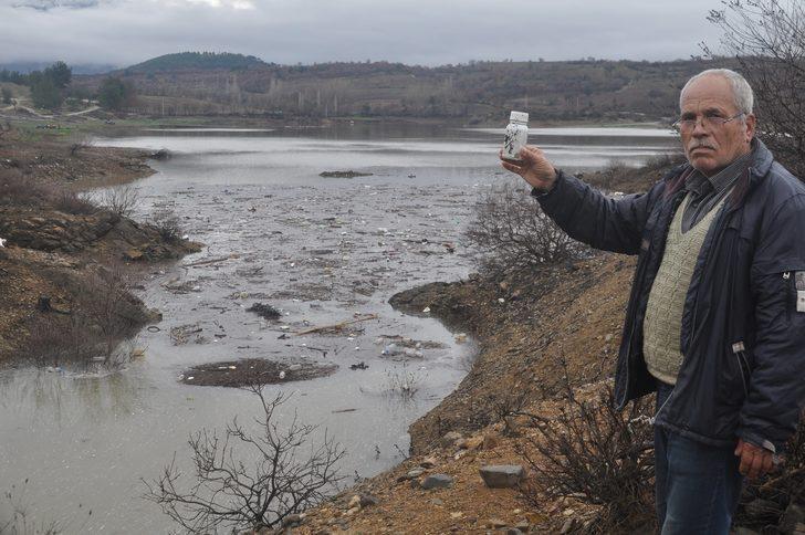 Bayramiç Barajı'nda Zirai İlaç Atığı Sorunu Sürüyor ile ilgili görsel sonucu