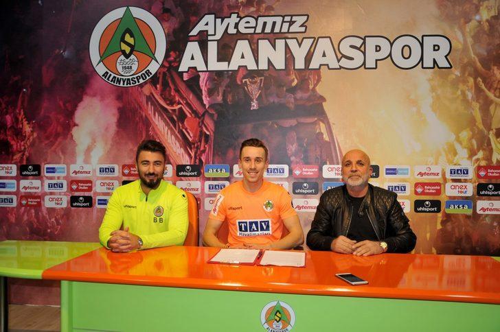 Josef Sural - Sparta Prag > Aytemiz Alanyaspor | BONSERVİS BEDELİ: Bilinmiyor