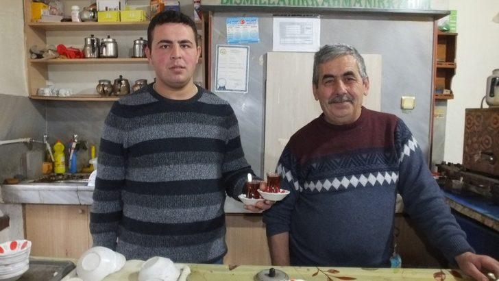 Burhaniye'de inşaat ustası, kahvehane işletmecisi oldu