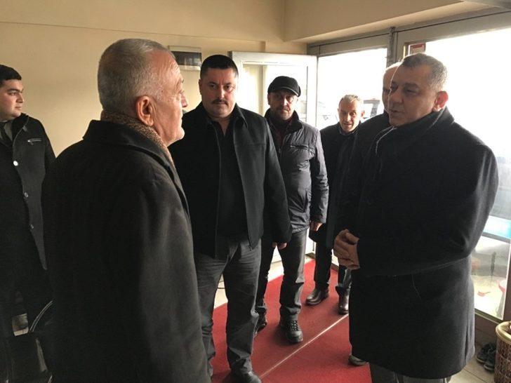 MHP Düzce Belediye Başkan adayı Bıyık galericilere söz verdi