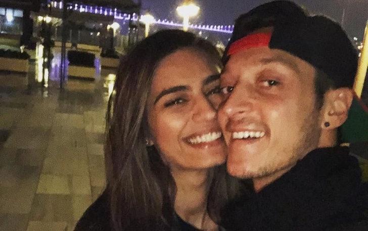 Amine Gülşe ve Mesut Özil nişanlandı