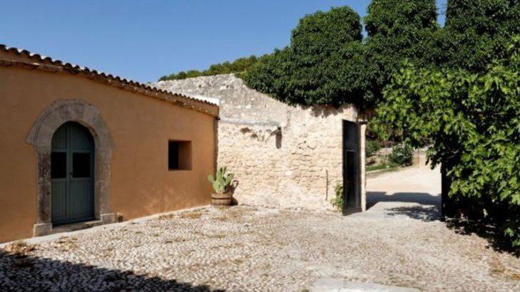 'İtalya'nın en güzel beldesi'nde evler 1 euro'ya satılık
